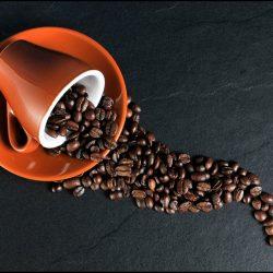 moudre du café avec un blender